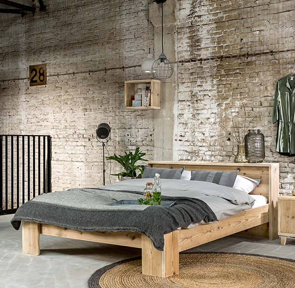 steigerhouten_bed_simple_2